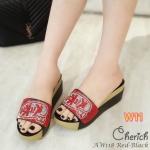 รองเท้าแฟชั่น ส้นเตารีด แบบสวม แต่งเพชรคลิสตัลลาย kitkat สวยเก๋ ใส่สบาย แมทสวยได้ทุกชุด (AW118)