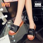 รองเท้าแตะแฟชั่น สไตล์ลำลอง หนังนิ่มแต่งโบว์แตะเพชรตุ้งติ้งสวยน่ารัก หนังนิ่ม พื้นนิ่มใส่สบาย แมทสวยได้ทุกชุด (DC7115)