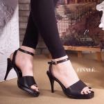 """รองเท้าแฟชั่น ส้นสูง รัดข้อ ZARA Style ทรงสวมเปิดหน้า ส้นแหลม หนังอย่างดีนิ่ม สวมใส่สบาย สายรัดข้อเท้าแบบเกี่ยว ปรับกระชับได้ ส้นสูงกำลังดี ใส่สบาย ใส่สวยดูเท้าเรียวเล็ก มีเสริมสูงด้านหน้า ช่วยให้ใส่มั่นใจ สบายมากขึ้น สาวๆควรมีไว้ครอบครอง สูง 3"""" เสริ"""