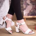 รองเท้าแฟชั่น ส้นสูง รัดข้อ เรียบเก๋ หนัง PU นิ่มอย่างดี แบบสวม ทรงสวย ส้นตัดสูง ประมาณ 2.5 นิ้ว ใส่สบาย แมทสวยได้ทุกชุด