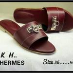 รองเท้าแตะแฟชั่น สวยเก๋ แบบสวม แต่งอะไหล่ด้านหน้าสไตล์แอร์เมส เรียบหรูดูดี พื้นนิ่ม แมทสวยได้ทุกชุด
