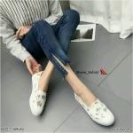 รองเท้าผ้าใบแฟชั่น ทรง slip on ลายดอกไม้สวยหวานวินเทจ น้ำหนักเบา ทรงสวย ใส่สบาย แมทสวยได้ทุกชุด (6027)