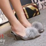 รองเท้าคัทชู ส้นสูง รัดส้น หนังสักหราดแต่งเฟอร์กลมฟูนุ่มสวยหรูน่ารัก หนังนิ่ม ทรงสวย ส้นสูงประมาณ 3 นิ้ว ใส่สบาย แมทสวยได้ทุกชุด (B2311-4)