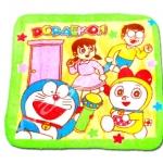 ผ้าเช็ดหน้า สีเขียว-เหลือง ลาย Doraemon กับดาว