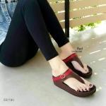 รองเท้าแตะแฟชั่น เพื่อสุขภาพ แบบหนีบ แต่งคาดเข็มขัดสวยเก๋ พื้นคอมฟอตนิ่มสไตล์ฟิต ฟลอบ ใส่สบาย แมทสวยได้ทุกชุด (SS1190)