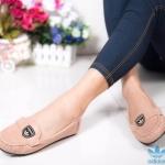 รองเท้าคัทชู ทรง loafer สวยเก๋ หนังนิ่ม แต่งอะไหล่สไตล์อดิดาสเก๋ๆ พื้นบุนิ่ม ใส่สบาย แมทสวยได้ทุกชุด