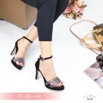รองเท้าแฟชั่น ส้นสูง รัดข้อ แบบสวม สวยเก๋ หนังแต่งลายสไตล์อิซเซ่ ทรงสวยคลาสสิค ส้นสูงประมาณ 3.5 นิ้ว แมทสวยได้ทุกชุด