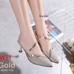 รองเท้าคัทชู ส้นเตี้ย รัดส้น หนังกลิสเตอร์แต่งขอบหนังเงาเมทัลลิคคาดเฉียงสวยหรู ทรงสวย หนังนิ่ม สูงประมาณ 2.5 นิ้ว ใส่สบาย แมทสวยได้ทุกชุด (B089-104)