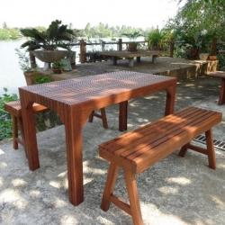ชุดโต๊ะไม้ระแนงโรงเตี๊ยมจิบชากาแฟ