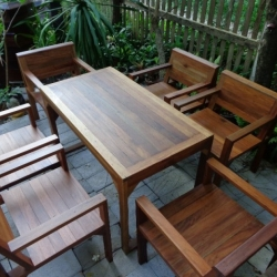ชุดโต๊ะเก้าอี้สนามร้านอาหาร 6 ที่นั่ง วางกลางแจ้งได้