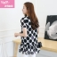 [พร้อมส่ง] เสื้้อแฟชั่นเกาหลีใหม่ สีขาว ดำ แขนสั้น สำหรับผู้หญิงไซส์ใหญ่ ไซส์ XL- [In Stock] New Korean Fashion Shirt Short-Sleeved for Large Size Woman thumbnail 2