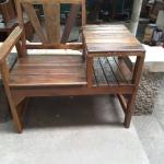 เก้าอี้ไม้ลายพร้อมโต๊ะข้าง
