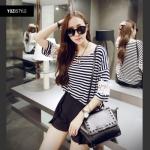 [พรีออเดอร์] เสื้อเชิ้ตทำงานแฟชั่นเกาหลี แบรนด์ Yozi Style แขนยาว ลายทาง - [Preorder] Women Korean Hitz Yozi Style Brand Slim Striped Long-sleeved Female Shirt