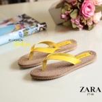 รองเท้าแตะแบบหนีบสไตล์แบรนด์ Zara งานหนังนิ่มใส่สบาย พื้นรุ่นนี้นุ่มมากๆ งานพื้นปั๊มแบรนด์ Zara ตามรูป รุ่นขายดี ใส่ชิลๆ สบายมาก สีดำ น้ำตาล ชมพู เหลือง ส้ม
