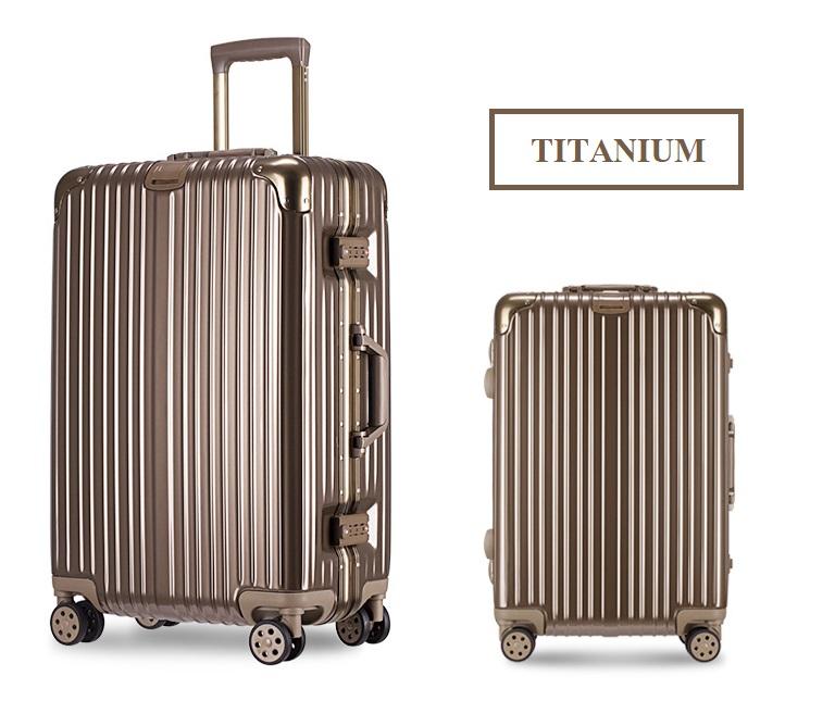 กระเป๋าเดินทางล้อลาก Hefty Hard Suitcase สี Titanium