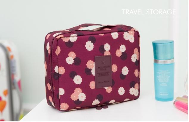 กระเป๋าเครื่องสำอาง/อุปกรณ์อาบน้ำ Travel storage ลายดอกม่วง