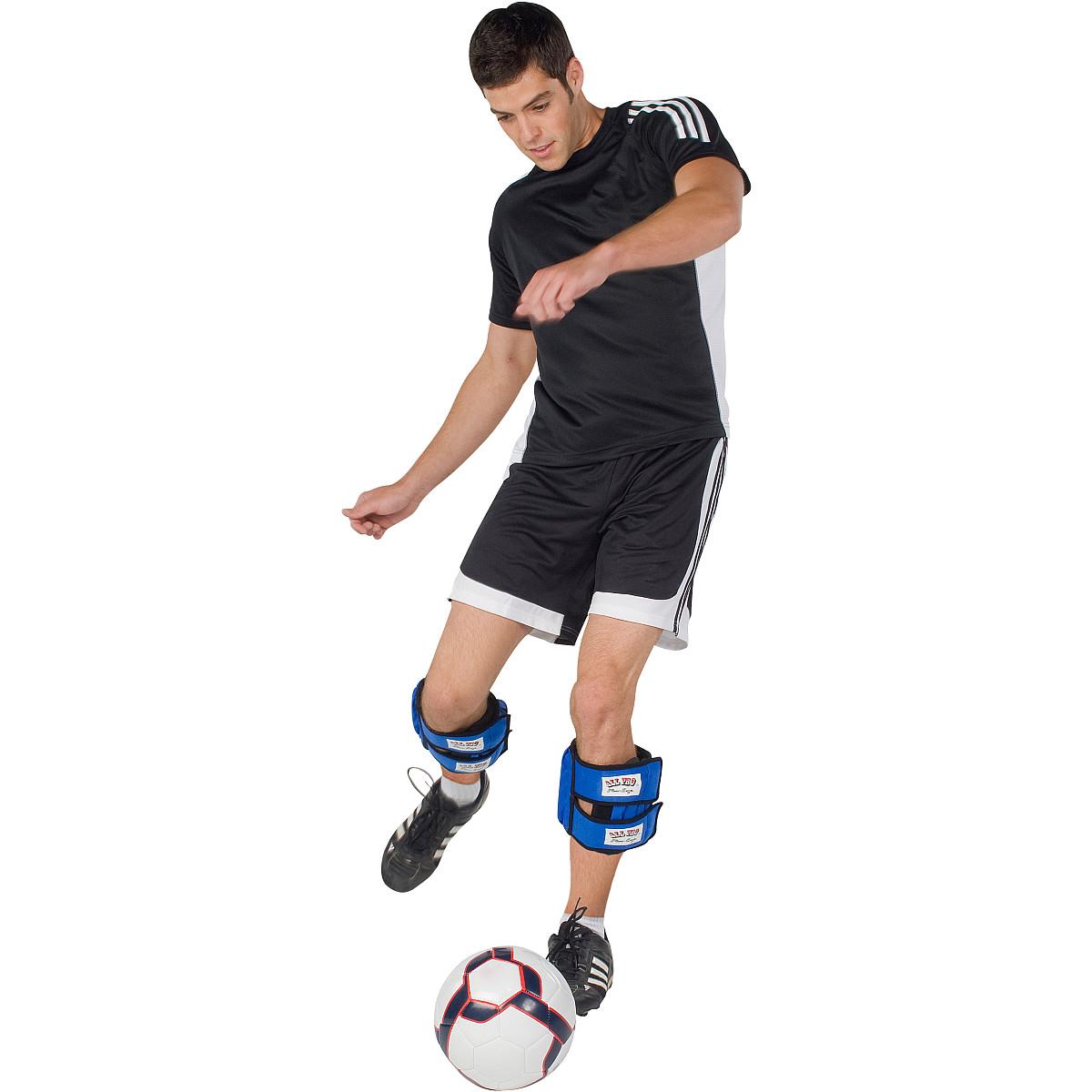 การใช้ wrist weight ชุดถ่วงน้ำหนัก เล่นฟุตบอล