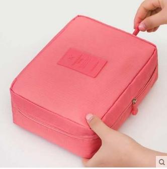กระเป๋าเครื่องสำอาง/อุปกรณ์อาบน้ำ Travel storage สีชมพู