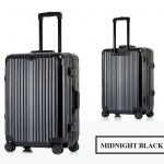 กระเป๋าเดินทางล้อลาก Hefty Hard Suitcase สี Midnight Black