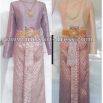 ชุดไทย ชุดไปงานแต่งงาน ชุดไทยเพื่อนเจ้าสาว ชุดผ้าถุงสำเร็จลายไทย คู่กับ เสื้อไหล่เดี่ยว